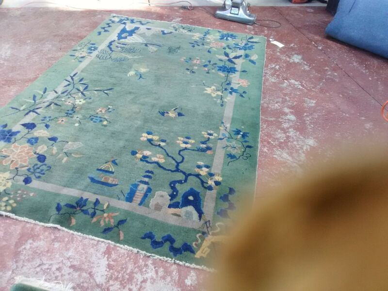 Antique Oriental Chinese Art deco hand Knotted rug good colors