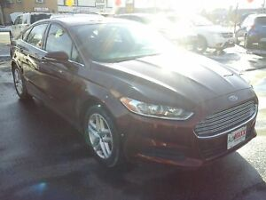 2015 FORD FUSION SE- HEATED MEMORY SEATS, SPEED CONTROL, REAR VI