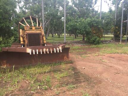 Earthmoving Machinery FOR SALE