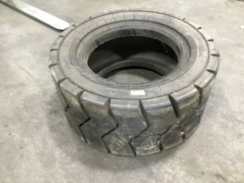 28x12-15 Carlisle PWT 20 Ply Forklift Tire #T142
