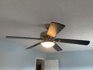 """Hampton bay 52"""" ceiling fan with remote"""