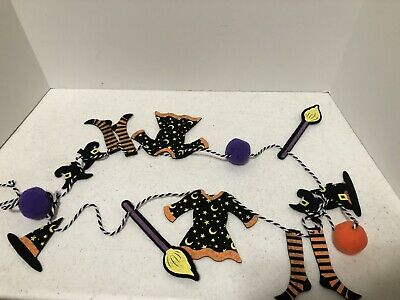 Six ft Witches Witch Clothesline Hat Dress Broom Socks Shoes Halloween Garland