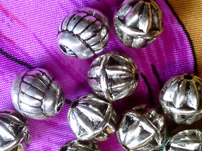- Vtg 200 SILVER METALIZED PLASTIC CORRUGATED SWIRL MIX SHAPED BEADS  7mm #120418x