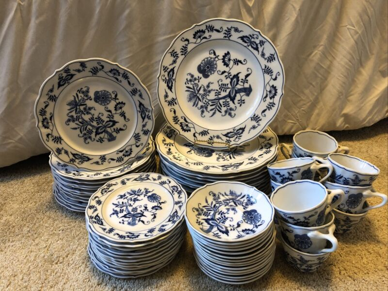 BLUE DANUBE china 60-piece SET SERVICE for 12 - cup saucer dinner salad & bread