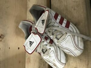 Kids adidas soccer shoes size 3