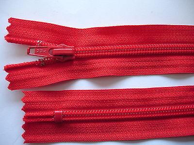 2 Stück Reißverschluß YKK rot  16cm lang, nicht teilbar Y47