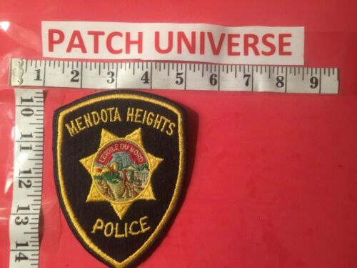 MENDOTA HEIGHTS MN POLICE  SHOULDER PATCH  S067