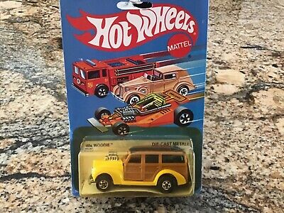 1982 HOT WHEELS 40s WOODIE Yellow RARE Malaysia 2530 Blue Card1940 40 Ford