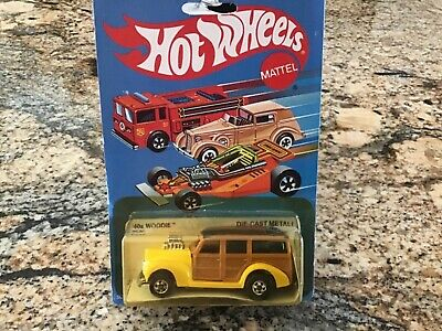 1982 HOT WHEELS 40s WOODIE Yellow RARE Malaysia 2530 Blue Card 1940 40 Ford