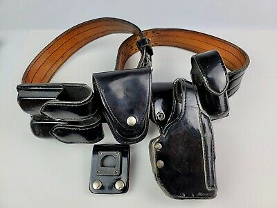 Patent Leather Dutyman Belt 46 Police Security Holds Holster Magazine Cuffs