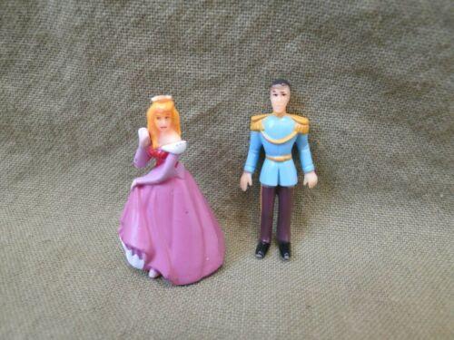 Disney Cinderella and Prince Charming Mini Cake Topper Figure