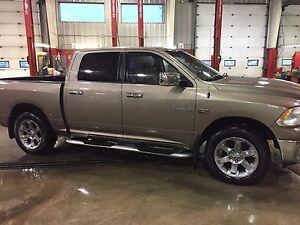 09 Dodge Ram 1500 Laramie fully loaded