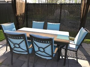 Table patio 6 chaises