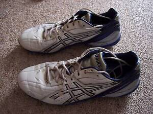 Mens Asics football/soccer boots-size 9 US Hope Valley Tea Tree Gully Area Preview