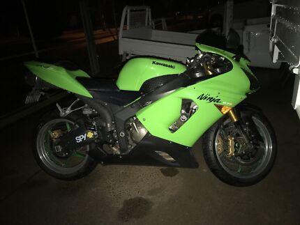 Mobile motorbike mechanic