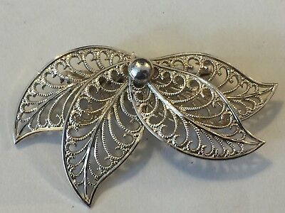 vintage c1950s leaf brooch