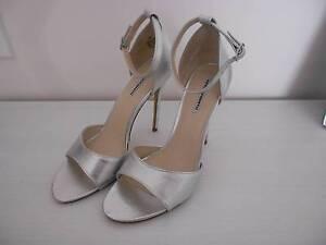Silver Heels Size 10 Wellard Kwinana Area Preview
