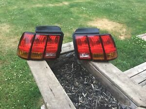 Mustang Cobra Taillights 99-01 Style