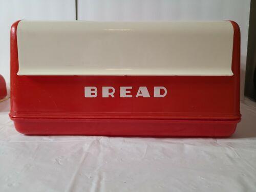 LUSTRO WARE Vintage Bread Box Plastic Red & White