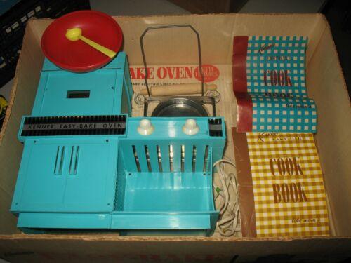 Vintage 1964 Kenner Easy Bake Oven Turquoise w/Original Box #1600 Works