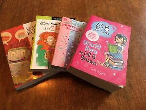 Livres variés pour jeunes filles.