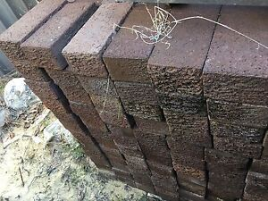 Free pavers / bricks brown Stirling Stirling Area Preview