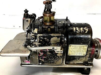 Merrow Commercial Overlock Serger Sewing Machine Model A-3dw Industrial W Oiler