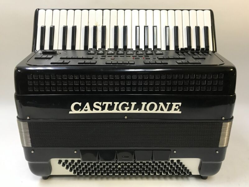 HI END! CASTIGLIONE ELECTRIC ELECTRONIC 41 KEY 120 BUTTON ACCORDION SYNTH