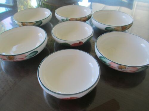 Koryo Porcelain - Korea, Seven (7) Banchan Bowls ; Hand Painted; Excellent