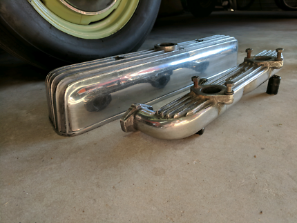 Holden grey twin carbi manifold and fined rocker cover