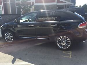 2011 Lincoln MKX - Fully Loaded AWD
