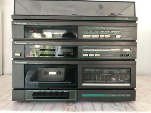 VTG PANASONIC AM/FM STEREO CASSETTE TURNTABLE  Model SG-300!!!
