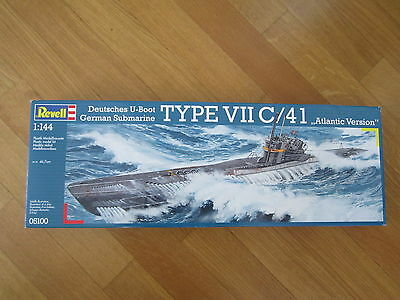 REVELL 05100 1:144 DEUTSCHES U-BOOT TYPE VII C/41 ATLANTIC VERSION KIT SUBMARINE