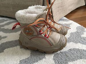 Olang Winter Boots (21/22 - size 5)