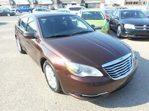 2013 Chrysler 200 Touring Gauranteed Approval