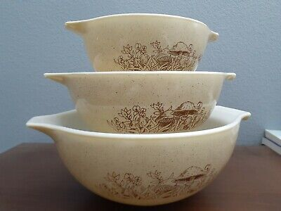 1 12 Pint Mixing Bowl with Eagles and Corn Small Vintage Pyrex Mixing Bowl with Brown Americana Details