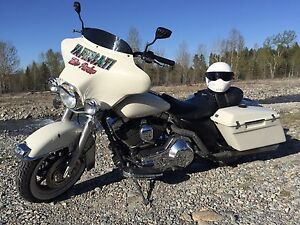 02 Harley Electra Glide MORE PHOTOS ADDED