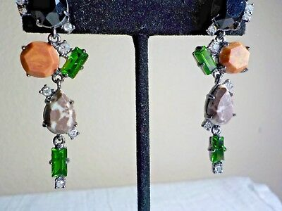 EARRINGS W BLK AND GREEN GLASS RHINESTONES & FACETED STONE DECOR METALLIC BACK