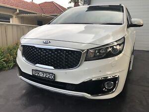 Kia Carnival platinum -2018 - Diesel - low kms