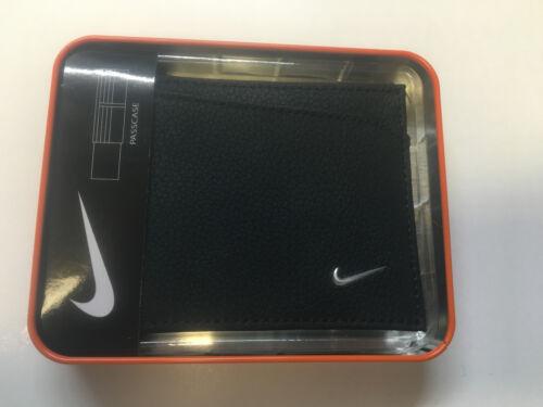 NIKE Black Bifold Passcase Pebbled Leather Wallet Billfold S16870001 69770