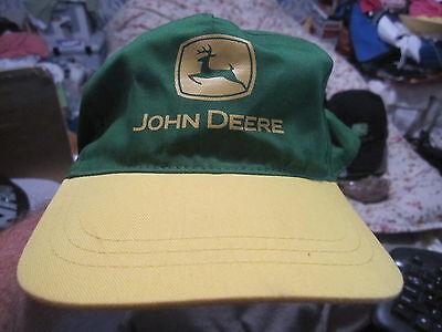 2005 JOHN DEERE SNAPBACK COLLECTIBLE HAT