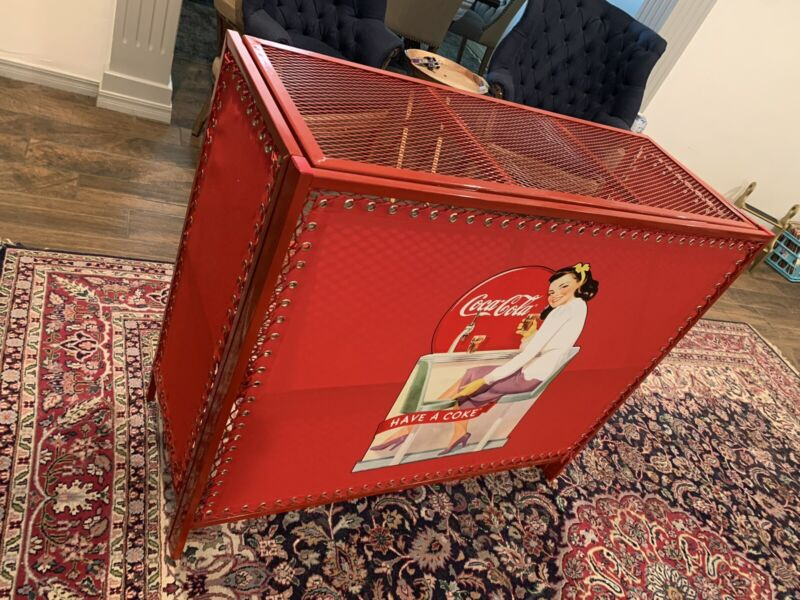 Collectors edition Coca Cola Bar/Display Stand FOLDS UP