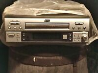 JVC Compact Disc Recorder XL - R910 Never used