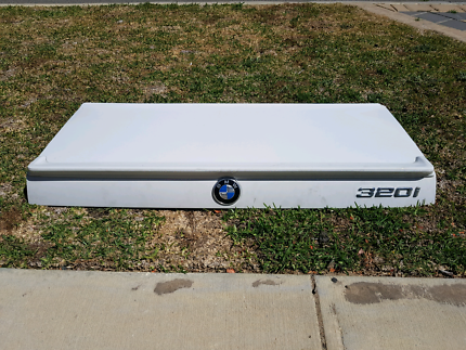 E30 BMW Boot Lid with lip