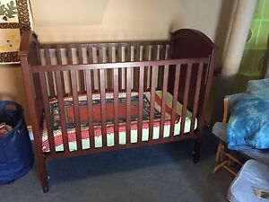 Canadian made College Woodwork Crib