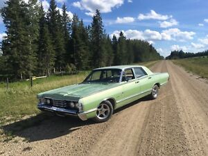 Looking for a ford FE 390