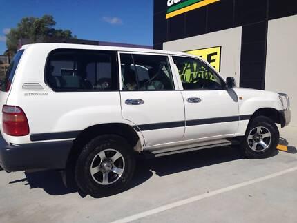 1999 Toyota LandCruiser Wagon Broadbeach Waters Gold Coast City Preview