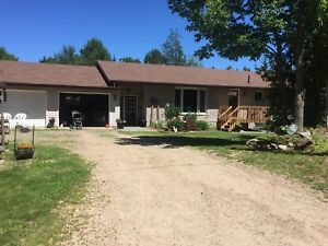 Bungalow Ranch Home in Barry's Bay FOR SALE