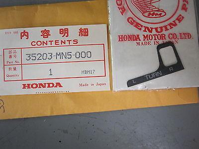 Honda 35203-MN5-000 TURN SIGNAL ORNAMENT PLATE A GL 1500 Goldwing 88-96