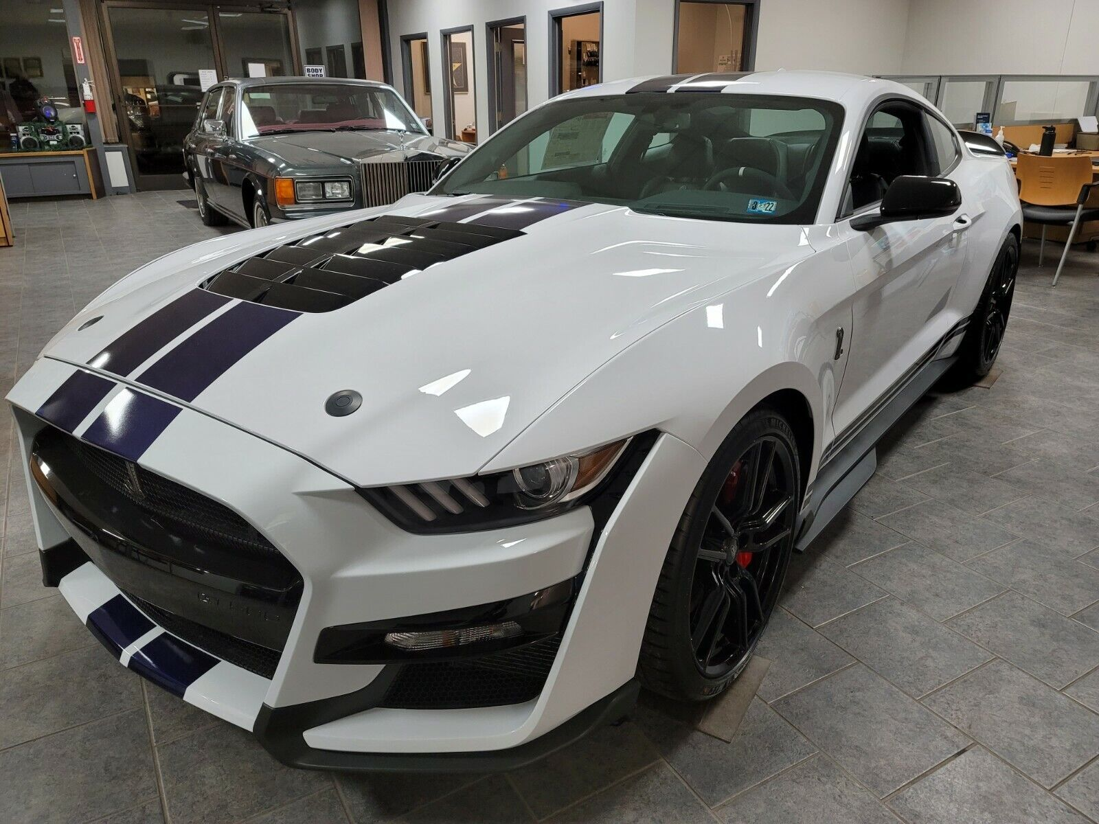 LOOK --->  BRAND NEW 2020 FORD SHELBY GT500